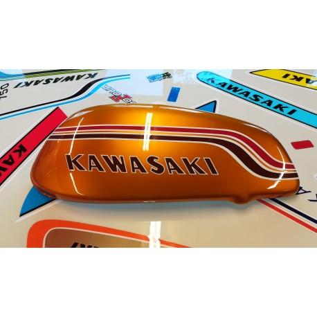 kawasaki 750 h2 72 ,demi réservoir fibre coté gauche,taille réelle